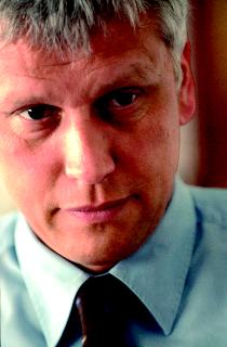 Christoph Fasel ist Journalist und Bestseller-Autor.